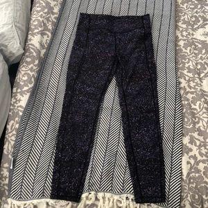 Lululemon size 8 long pant in galaxy print